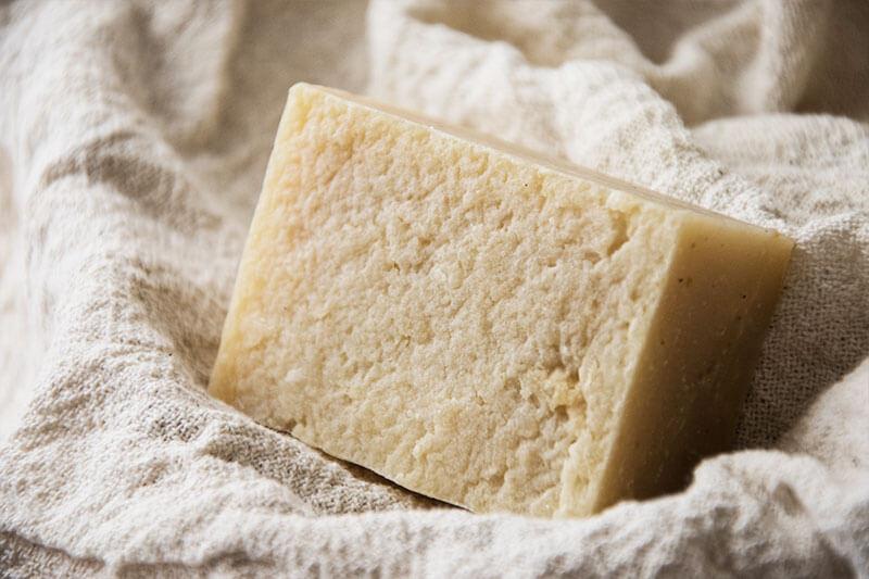 Săpun natural cu lavandă și spărtură de orez, 130gr